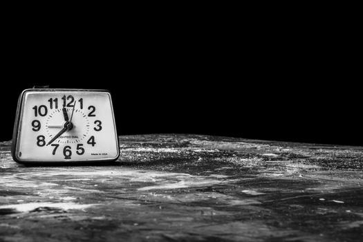 morning-time-alarm-bell-medium